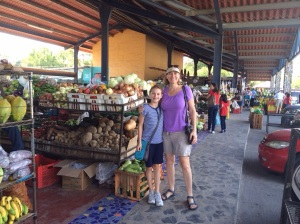 Once again, we were back to shopping an outdoor markets. Oh, how I will miss all the tropical fruits and smoothies